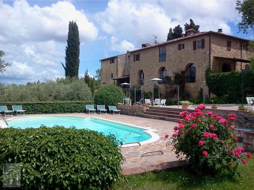 APPARTAMENTO IN CASALE – San Gimignano