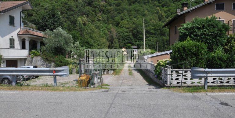 2. Strada accesso entrata