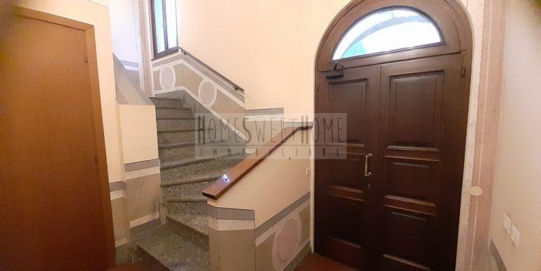 29. ingresso vano scale
